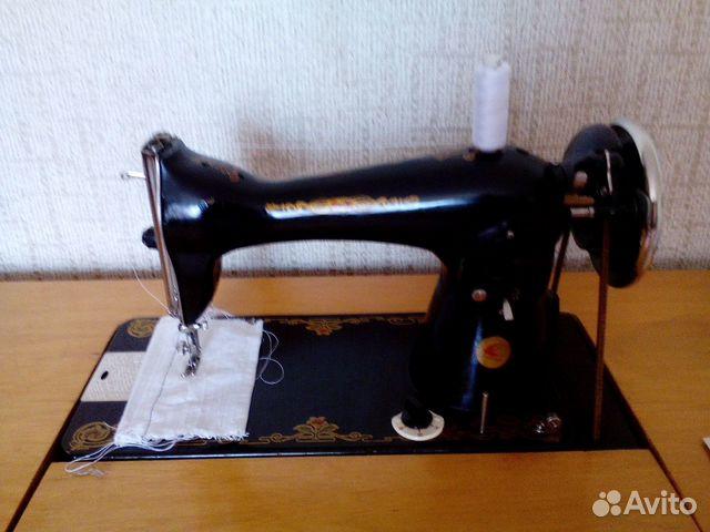 Швейная машина б/у с ножным