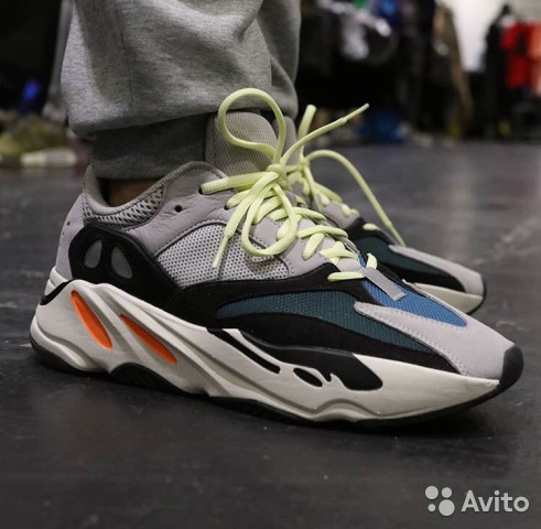 brand new 70482 a8330 Adidas Yeezy Boost 700