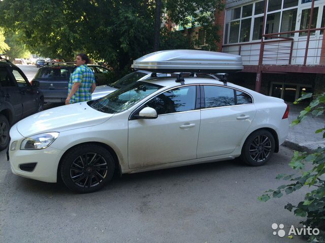 Багажник на крышу Volvo S60 Sedan, 10-