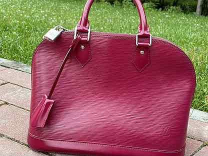 Продается сумка LV