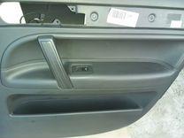 Обшивки дверей Volkswagen Touareg