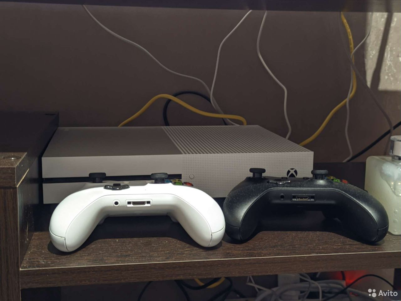 Xbox One S 1tb 2 геймпада, гарантия, чек  89381151323 купить 1