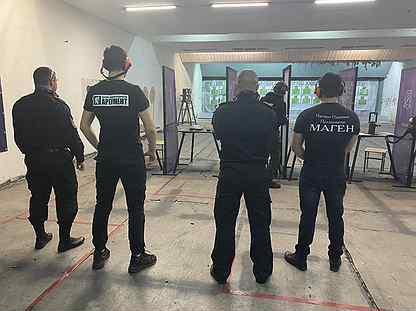 Ночной клуб требуется охранник в москве все ночные клубы цао